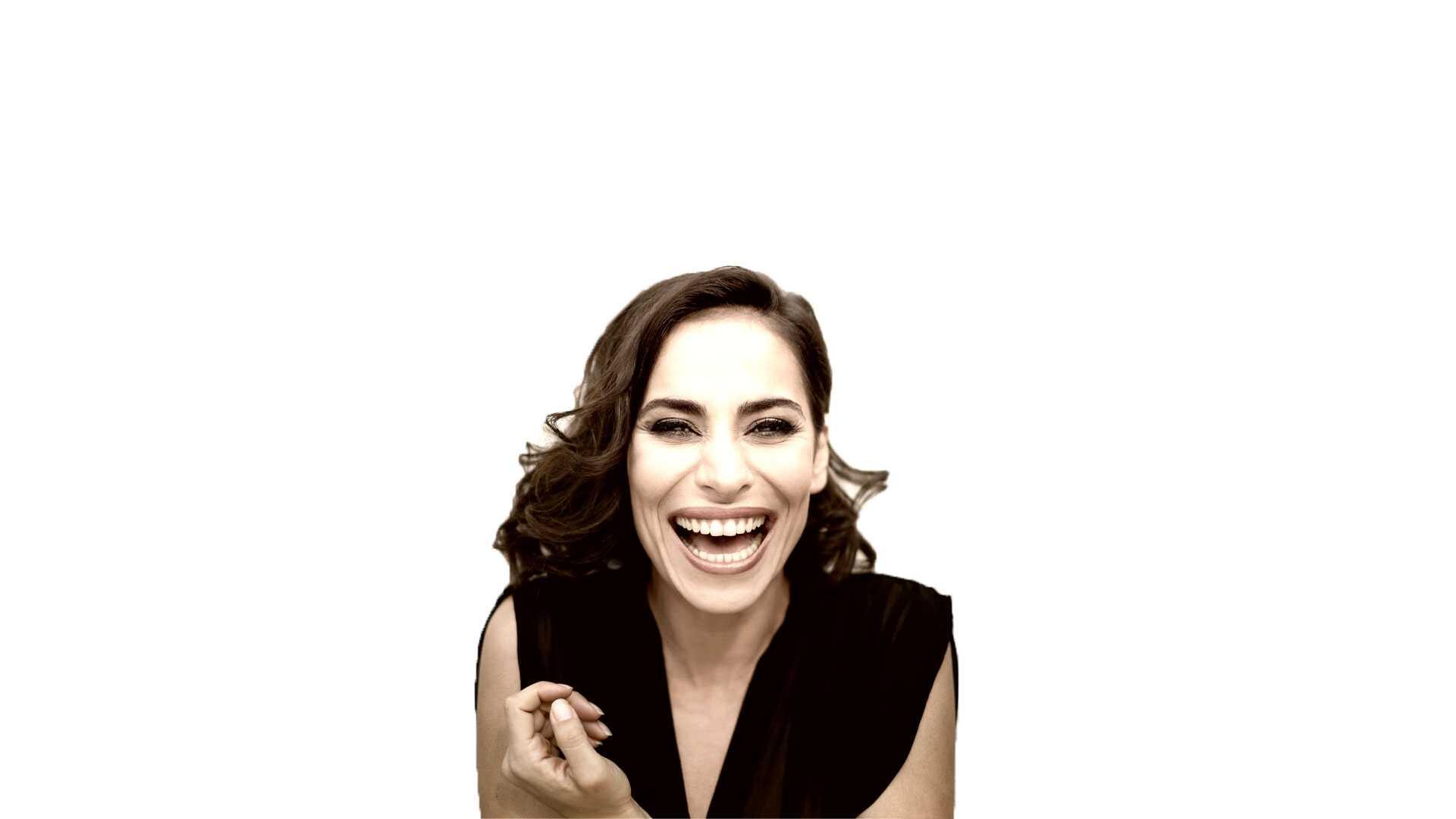 attrice, autrice e conduttrice